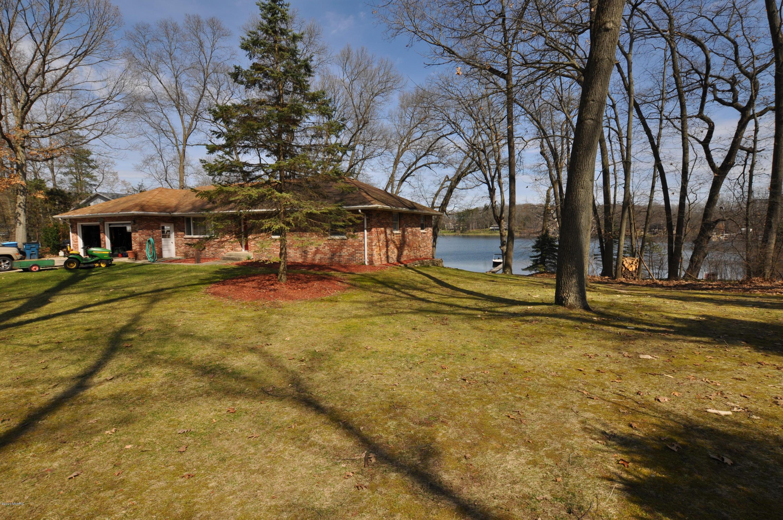 1210 E Crooked Lake , Kalamazoo, MI 49009 Photo 20