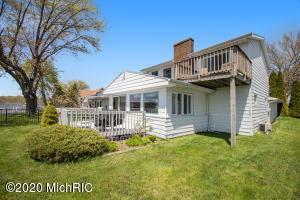 68254 Christiana Edwardsburg, MI 49112