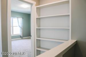 7165 Copper Ridge Court, Zeeland, Michigan 49464, 2 Bedrooms Bedrooms, ,3 BathroomsBathrooms,Residential,For Sale,Copper Ridge,20011700