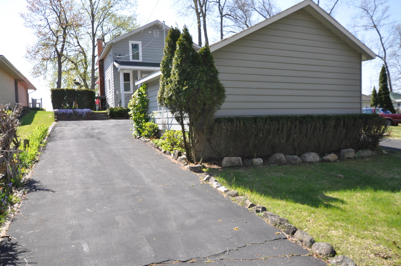 10827 Cora , Portage, MI 49002 Photo 4