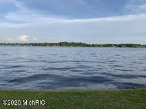 5343-A Paw Paw Lake Coloma, MI 49038