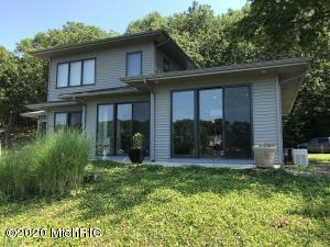 6344 Silver Lake Drive, Saugatuck, Michigan 49453, 2 Bedrooms Bedrooms, ,3 BathroomsBathrooms,Residential,For Sale,Silver Lake,20025955