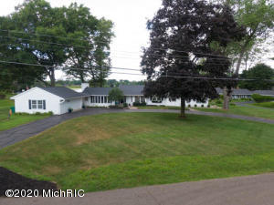 848 Country Club Battle Creek, MI 49015