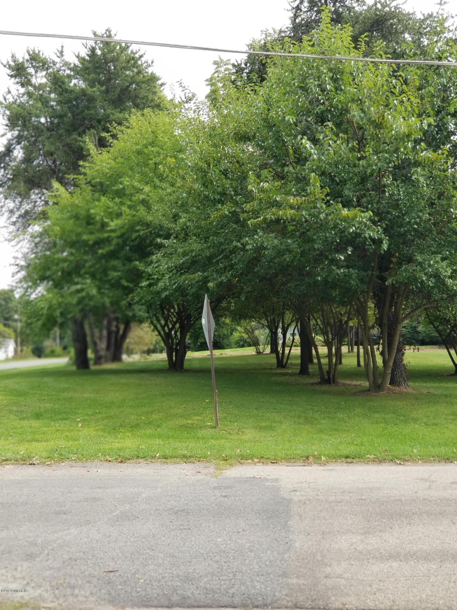 84 Lake Shore Drive