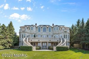 48009 Ridge New Buffalo, MI 49117
