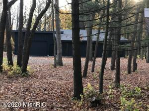 2583 Chase Farm Road, Fennville, Michigan 49408, 3 Bedrooms Bedrooms, ,3 BathroomsBathrooms,Residential,For Sale,Chase Farm,20045724