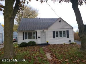 3117 Cameron Street, Kalamazoo, Michigan 49001, 3 Bedrooms Bedrooms, ,2 BathroomsBathrooms,Residential,For Sale,Cameron,20045825