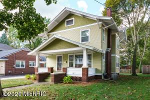 2318 Westnedge Avenue, Kalamazoo, Michigan 49008, 4 Bedrooms Bedrooms, ,2 BathroomsBathrooms,Residential,For Sale,Westnedge,20045831