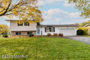 808 Iroquois Trail, Niles, Michigan 49120, 3 Bedrooms Bedrooms, ,2 BathroomsBathrooms,Residential,For Sale,Iroquois,20045862