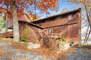 603 Treasure Island Drive, Mattawan, Michigan 49071, 4 Bedrooms Bedrooms, ,3 BathroomsBathrooms,Residential,For Sale,Treasure Island,20045929