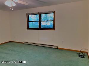 13916 Rea Avenue, Harbert, Michigan 49115, 2 Bedrooms Bedrooms, ,2 BathroomsBathrooms,Residential,For Sale,Rea,20045912