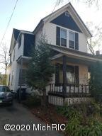 114 Bush Street, Kalamazoo, Michigan 49007, 3 Bedrooms Bedrooms, ,2 BathroomsBathrooms,Residential,For Sale,Bush,20045920