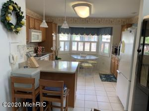 4750 Thistle Mill Court, Kalamazoo, Michigan 49006, 2 Bedrooms Bedrooms, ,3 BathroomsBathrooms,Residential,For Sale,Thistle Mill,20045921