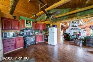11278 Seaview Drive, Grand Junction, Michigan 49056, 3 Bedrooms Bedrooms, ,3 BathroomsBathrooms,Residential,For Sale,Seaview,20045928