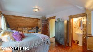 817 Wolcott Avenue, St. Joseph, Michigan 49085, 3 Bedrooms Bedrooms, ,2 BathroomsBathrooms,Residential,For Sale,Wolcott,20045934