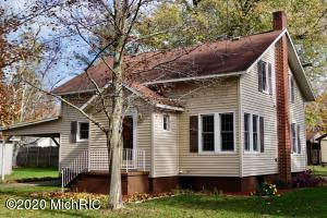 205 Lincoln Avenue, Bangor, Michigan 49013, 3 Bedrooms Bedrooms, ,1 BathroomBathrooms,Residential,For Sale,Lincoln,20045940