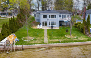 50314 Cable Lakeview Dowagiac, MI 49047