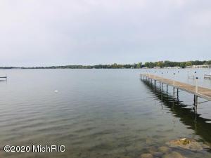 11192 E Indian Lake Vicksburg, MI 49097