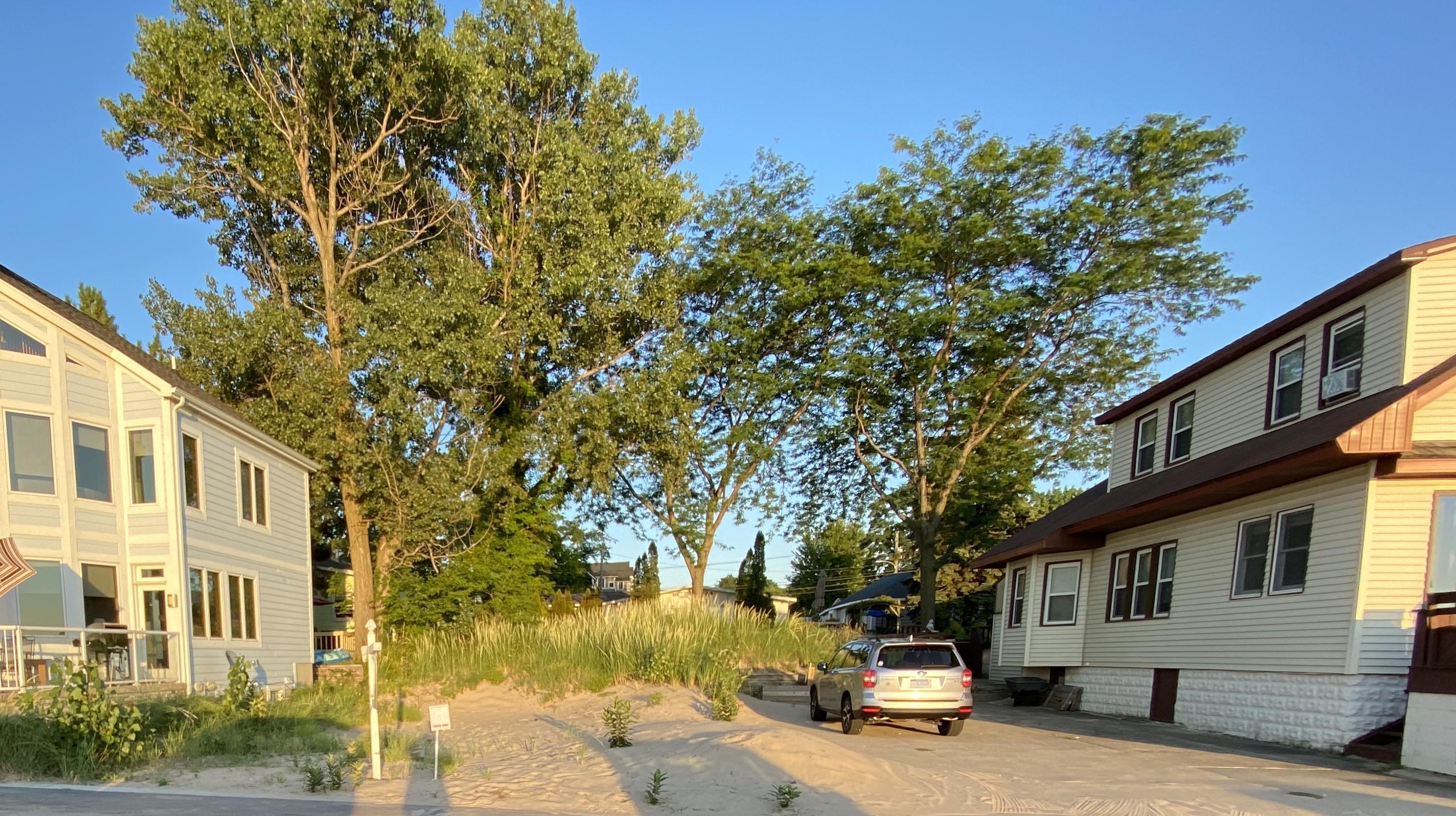 34 Lake Shore Drive