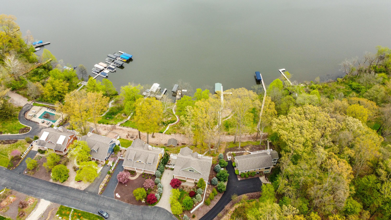 11165 Lake Shore , Berrien Springs, MI 49103 Photo 4