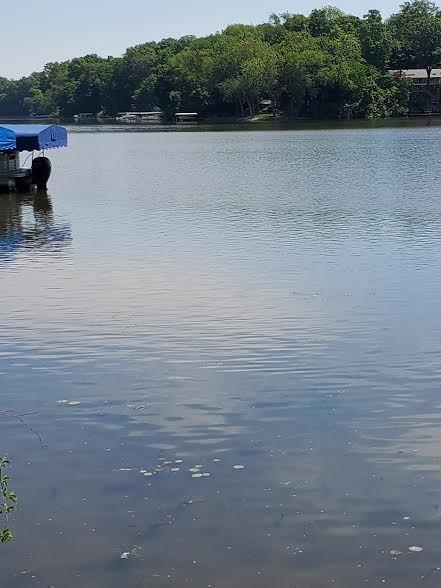 11129 Lake Shore Drive