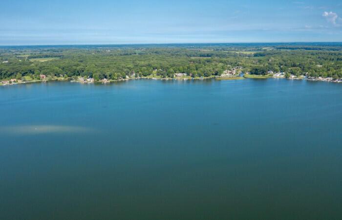 55244 Indian Lake , Dowagiac, MI 49047 Photo 3