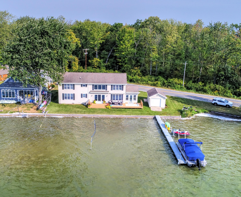 10769 Gun Lake , Middleville, MI 49333 Photo 4