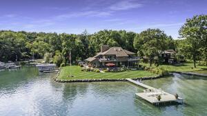 1579 W Gull Lake Richland, MI 49083