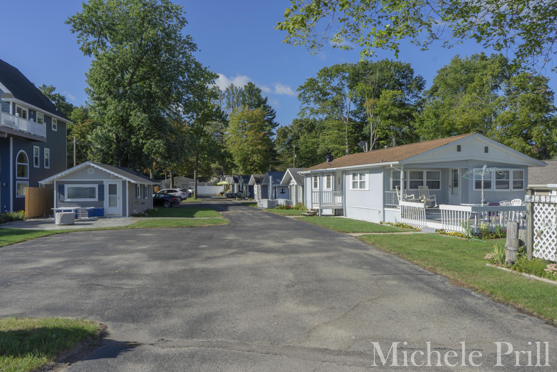 11811 Marsh #4, Shelbyville, MI 49344 Photo 2