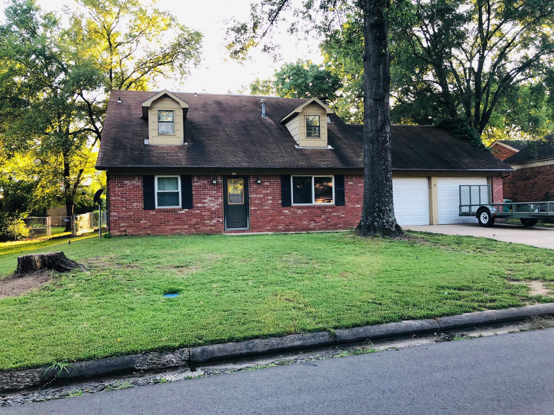 1513 N Jackson Avenue, Russellville, Arkansas
