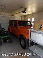 Large Oversized 1 car Garage