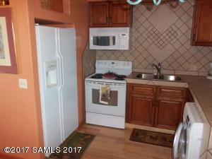 club view apt kitchen