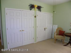 Guest Room 2 Dual Closets