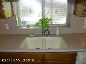 Kithcne Sink