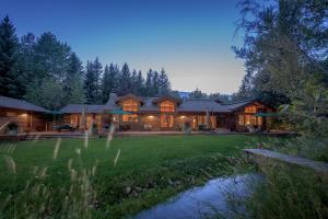 Property for sale at 102 Deer Run Rd, Ketchum,  ID 83340