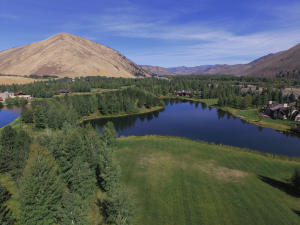Property for sale at 140 Golden Eagle Rd, Ketchum,  ID 83340