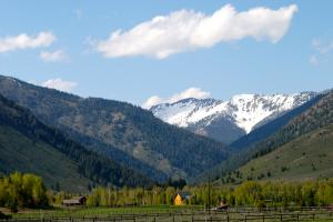 Property for sale at 106 High Meadows Lane, Ketchum,  ID 83340