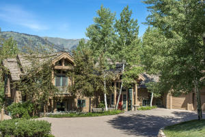 Property for sale at 89 Gimlet Rd, Ketchum,  ID 83340