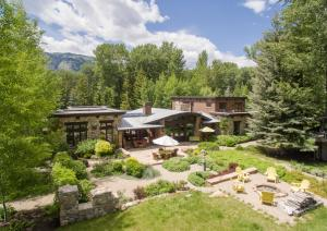 Property for sale at 102 Sutton Place, Ketchum,  ID 83340