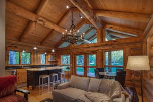 Property for sale at 122 Black Bear Rd, Ketchum,  ID 83340