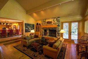 Property for sale at 302 Weyyakin Dr, Sun Valley,  ID 83353