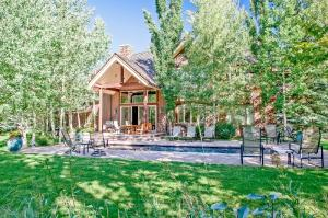 Property for sale at 33 Cliffside Dr, Ketchum,  ID 83340