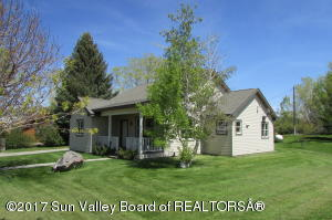 Property for sale at 211 Davenport St, Picabo,  ID 83348
