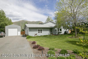 Property for sale at 1241 Riverview Dr, Bellevue,  ID 83313