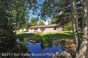 Property for sale at 8 Baseline Ext Rd, Bellevue,  ID 83313