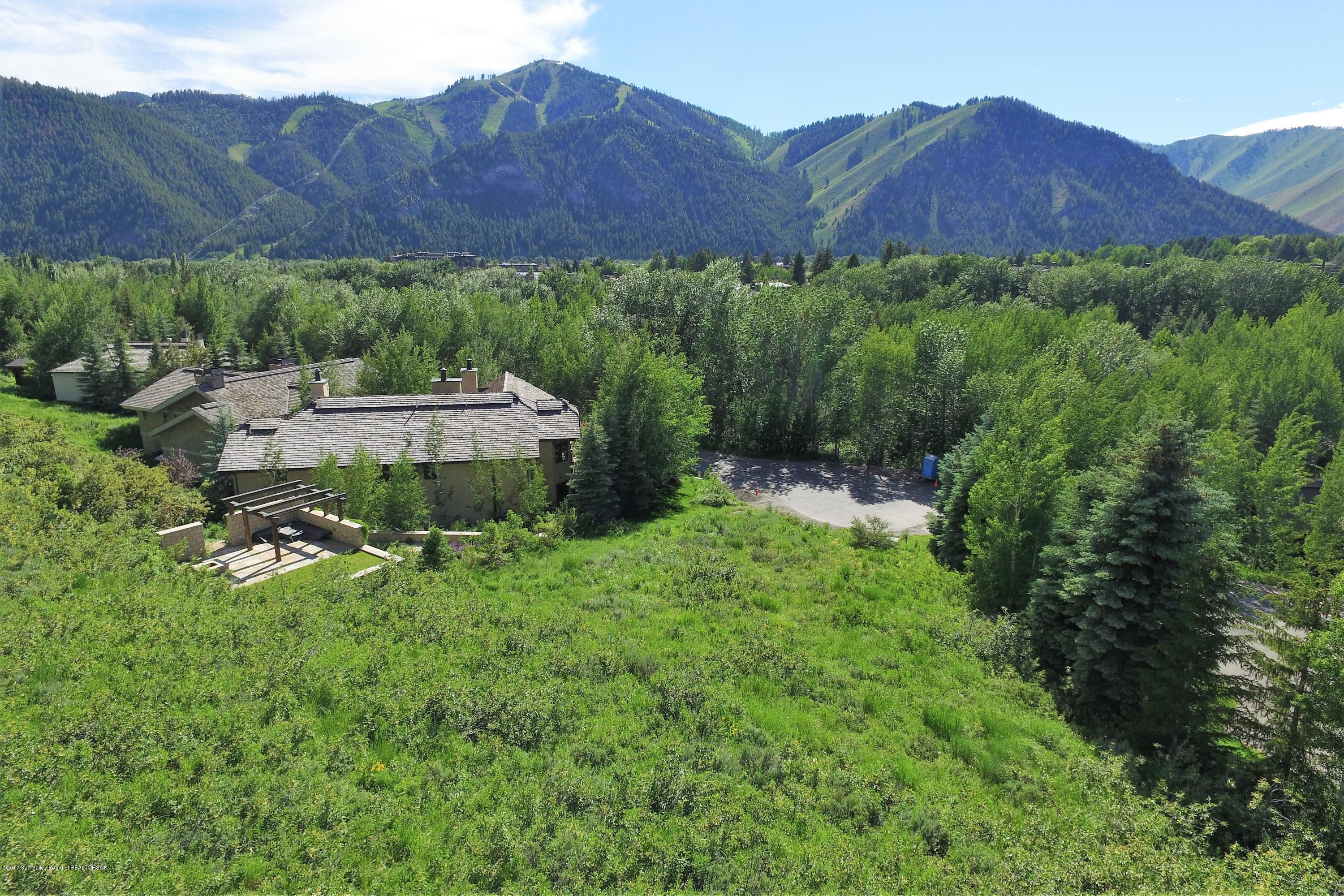 114 BALDY VIEW LANE, SUN VALLEY, ID 83353