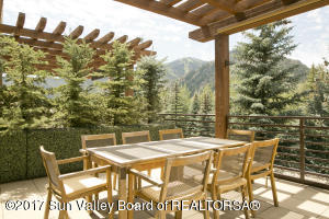 Property for sale at 110 Lindsay Circle Unit: 3E, Ketchum,  ID 83340