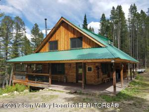 Property for sale at 410 Valley View Rd, Sawtooth City,  ID 83340