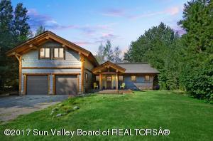 Property for sale at 1142 Glen Aspen Dr, Bellevue,  ID 83313