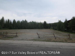 Property for sale at 290-298 Northwood Way, Ketchum,  ID 83340